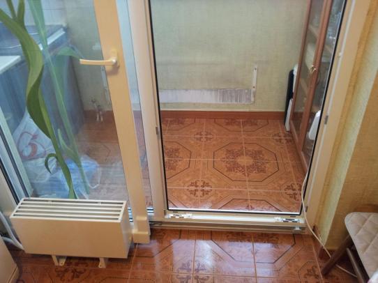 Установка балконных дверей